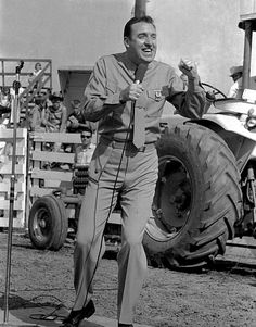Jim Nabors performing at the 1965 Sikeston Jaycee Bootheel Rodeo