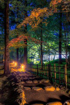 Japanese Garden Kōsetsu-en in Hakodate, Hokkaido, Japan 香雪園. So beautiful!