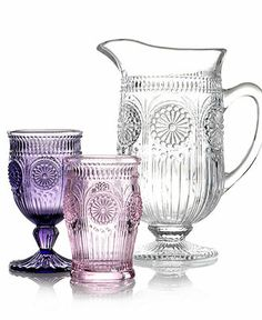 Found this while looking for a purple goblet. Either pink or purple would be just fine for any princesses who happen to be invited to the party!