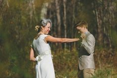 """<b>Forget the big kiss, nothing is more beautiful than the the """"reveal"""" moment right before the ceremony.</b> Photographers from <a href=""""http://www.capturingloveguide.com/"""" target=""""_blank"""">The New Art Of Capturing Love</a> provide ample evidence."""