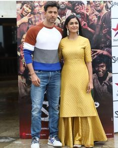 Hrithik Roshan And Mrunal Thakur Go On A Promotional Spree Of In Style - HungryBoo Fancy Sarees Party Wear, Party Wear Indian Dresses, Dress Indian Style, Indian Wedding Outfits, Gharara Designs, Kurta Designs Women, Pakistani Fashion Casual, Indian Fashion, Party Kleidung