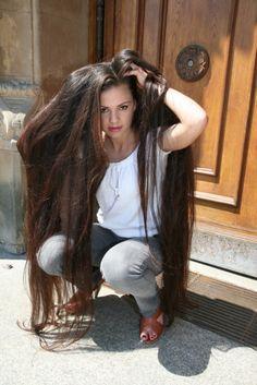 Foxy anya long hair