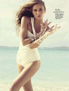 El blanco que favorece   Yana Karpova   Ohnur #photography   Glamour Spain July 2012