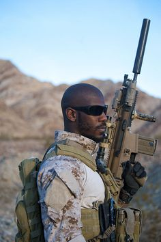 United States Navy SEALs 124 - FN SCAR - Wikipedia, the free encyclopedia