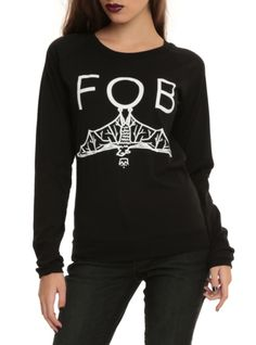 9fddb7217 Black long-sleeved top with a Fall Out Boy bat design. Grunge Guys,