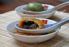 Everybody Eats Well in Flanders: Singapore Dishes