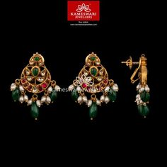 Turqoise Jewelry Home Gold Jhumka Earrings, Gold Earrings Designs, Emerald Jewelry, Gold Jewelry, Jewelry Candles, Gold Necklaces, Pearl Jewelry, Antique Jewelry, Indian Wedding Jewelry