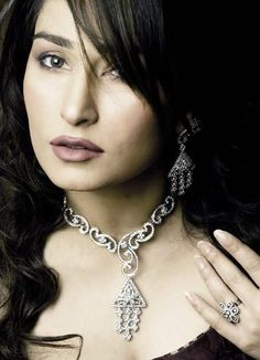 Reema  Www.topmoviesclub.com  Visit our website and download Hollywood, bollywood and Pakistani movies and music plus lots more.
