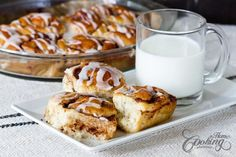 Homemade Cinnamon Rolls- Homemade Cinnamon Rolls Fluffy Cinnamon Rolls – soo good you can hardly stop at one - Homemade Crescent Rolls, Rolls Recipe, Dough Recipe, Kid Friendly Meals, Relleno, Cinnamon Rolls, Thanksgiving Recipes, Sweet Treats, Cooking Recipes