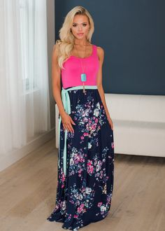 How To Look Ten Pounds Lighter Using Clothing – Designer Fashion Tips Mommy And Me Dresses, Mommy And Me Outfits, Full Skirt Dress, Tie Dress, Vintage Dresses, Vintage Outfits, Mini Dresses, Fashion Silhouette, Warm Weather Outfits