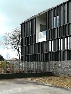 Schiefergrau - Gesundheitszentrum in Frankreich