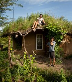 When Ziggy of The Year of Mud began designing his house in 2008, his primary goals were to keep building costs low and to obtain as many of his building materials as possible locally. He definitely achieved his goals in the creation of this gorgeous cob home. Cob building is an ancient technique that utilizes a mixture...Read More »