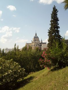 La Catedrel de la Almudena desde Las Vistillas