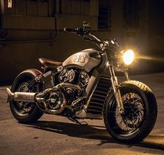 'The Outlaw' Indian Scout by @gassercustoms   Full story up on pipeburn.com…