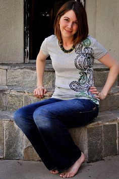 DIY Paisley Tee (or any other foam stamp pattern you like)