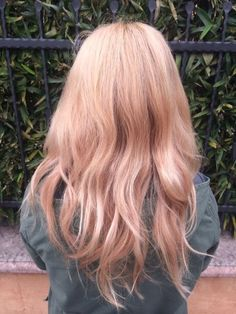 Try Rose Gold Color - Hair Ideas You Should Try This Fall   - Photos