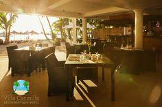 Experience the majestic sunset of Boracay Island. www.villacaemilla.com