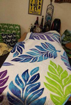 ハワイアンキルトスタジオBee | ハワイアンキルトスタジオBeeは辻堂、茅ヶ崎にあるハワイアンキルト教室です。