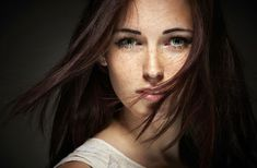 Brunettes faces freckles green eyes portraits women widescreen desktop mobile iphone android hd wallpaper and desktop. Beauty Photography, Portrait Photography, Foto Fun, Blog Fotografia, Photos Hd, Freckles Girl, Brown Hair Hazel Eyes Freckles, Brunette Woman, Brunette Beauty