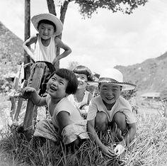 Children in Hats Smiling - 1950s Japan | por Vintage Japan-esque
