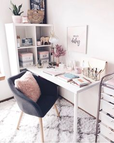 Top 30 Atemberaubendes Home-Office-Design # homeofficeideas # homeofficedesign # homeofficeo . Home Office Design, Home Office Decor, Workplace Design, Office Style, Office Ideas, Desk Areas, Desk Space, Bedroom Desk, Dream Rooms
