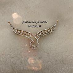 Tika Jewelry, Indian Jewelry Earrings, Indian Wedding Jewelry, Pendant Jewelry, Diamond Mangalsutra, Gold Mangalsutra Designs, Gold Bangles Design, Jewelry Design, Delicate Gold Necklace