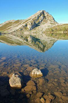 Lago Enol II - Lagos de Covadonga, Asturias