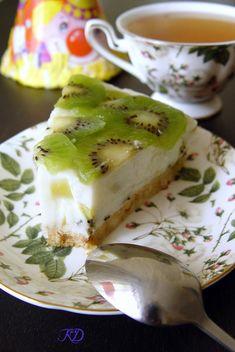 Йогуртный торт без выпечки: hahademon Pastry Recipes, Baking Recipes, Healthy Recipes, Mousse Cake, No Bake Desserts, I Foods, Cheesecake, Food Porn, Food And Drink