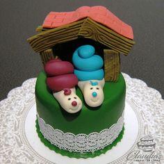 #eventcakes #geburtstagstorte #birthdaycake #hochzeitstorte #weddingcake #torte #motivtorten #tortendesign #fondanttorte #tortendekoration #tortenkunst #fondantcakes #charactercakes #cakeart #cakedesigner #sugarart #fondant #sugarpaste #umzug #einzug #housewarming #snail #schnecke #schneckenhaus Desserts, Food, Fondant Cakes, Collection, Birthday Cake Toppers, Wedding Pie Table, Ideas, Tailgate Desserts, Dessert