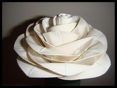 duct tape flowers instructions   , does some amazing art with duct/duck tape. From dresses to flowers ...