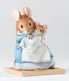 Beatrix Potter Figurine A23356 Hunca Munca and Baby 16125