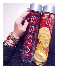Easy Detox Your Body - Cleanse, Tea, Water, Recipes Infused Water Recipes, Fruit Infused Water, Water With Fruit, Fruit Water Recipes, Infused Waters, Jus Detox, Body Detox, Healthy Water, Healthy Drinks