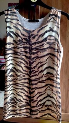 Womans Vest Top River Island Size 6 Animal Print Jeweled