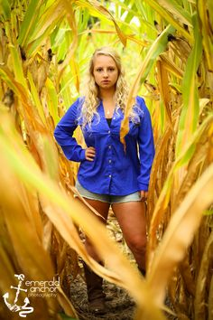 Emerald Anchor Photography Senior Portraits field, senior pictures cornfield