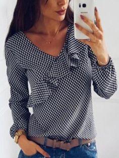 Women's Checked Strapless Asymmetrical Blouse With Volant Collar - Shirt Outfit Designer Kurtis, Casual Outfits, Fashion Outfits, Womens Fashion, Fashion Trends, Blouse Styles, Blouse Designs, Collared Shirt Outfits, Velvet Bridesmaid Dresses