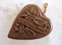 ANTIQUE BLACK FORESTCARVED WOOD SEWING PIN CUSHION HEART - GRINDEL WALD c1890