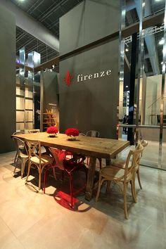 Stand diseñado por Local 10 Arquitectura para Firenze en feria CIHAC 2015., CDMX. 195m2.  Bar.  Hospitality area of a stand designed by Local 10 Arquitectura for Firenze at Expo CIHAC 2015. Mexico City.