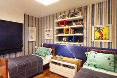 Projetos de decoração de quartos infantis com duas camas, para crianças e adolescentes. Quartos para dois irmãos, duas irmãs e para gêmeos.