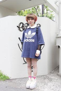 Vintage Adidas - ourmenu.dk Harajuku Fashion, Vintage Adidas, Shirt Dress, T Shirt, Adidas Originals, Hipster, Street Style, Vintage Sport, Clothes