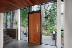Rondo V - Urban Front - Contemporary Front Doors UK Modern Entrance Door, Modern Entry, Modern Front Door, Wood Front Doors, Entrance Doors, Front Entry, Home Door Design, Front Door Design, House Design