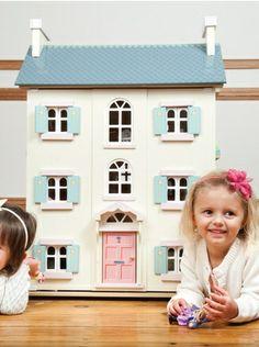 Doll's house - via DTLL.
