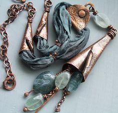 100_5997 by Lune2009, via Flickr | La tuba by nhtgarces, via Flickr | #metallic #jewelry #copper