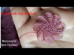 Yarn Flowers, Flower Hats, Crochet Flowers, Crochet Lace, Newborn Crochet, Crochet Baby Hats, Freeform Crochet, Crochet Stitches, Needle Tatting Tutorial