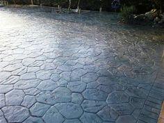 Pavimento de piedra aquitania hecho con ankare zaline en color terracota