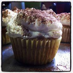 Tiramisu cupcakes, (: