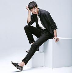 Jeon Ji Hyun and Kang Dong Won for Uniqlo Spring 2014 Ad Campaign
