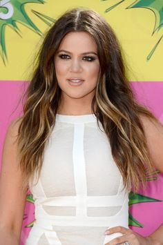 Gorgeous hair on Khloe Kardashian — beach waves and ombre color. KCAs
