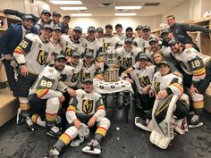 A team picture of the Las Vegas Golden Knights with Clarence S. Campbell Trophy as champions in the Western Conference after slaying the Winnipeg Jets in 5 games. Lv Golden Knights, Vegas Golden Knights Logo, Golden Knights Hockey, Pens Hockey, Hockey Teams, Hockey Stuff, Nhl Season, Famous Sports, Las Vegas Photos