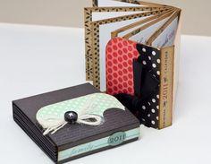 mini fold book tutorial - makes gorgeous mini albums Mini Album Scrapbook, Mini Albums Scrap, Scrapbook Photos, Diy Paper, Paper Crafts, Diy Crafts, Mini Books, Little Presents, Mini Album Tutorial