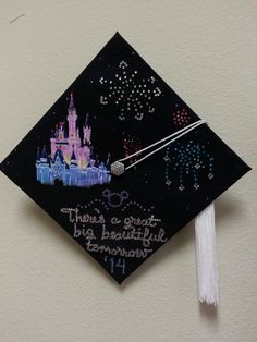 Finished my graduation cap for this Saturday! - Happy New Year 2019 Disney Graduation Cap, Graduation Cap Designs, Graduation Cap Decoration, Graduation Ideas, Teacher Graduation Cap, College Graduation, Cute Crafts, Diy And Crafts, Harry Porter